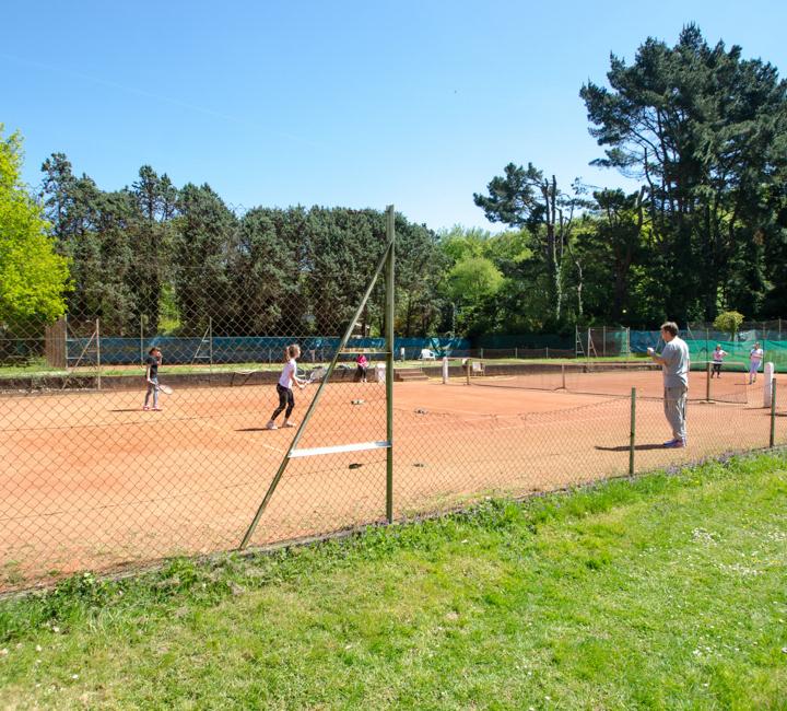 Formation pratique encadrée tennis garden
