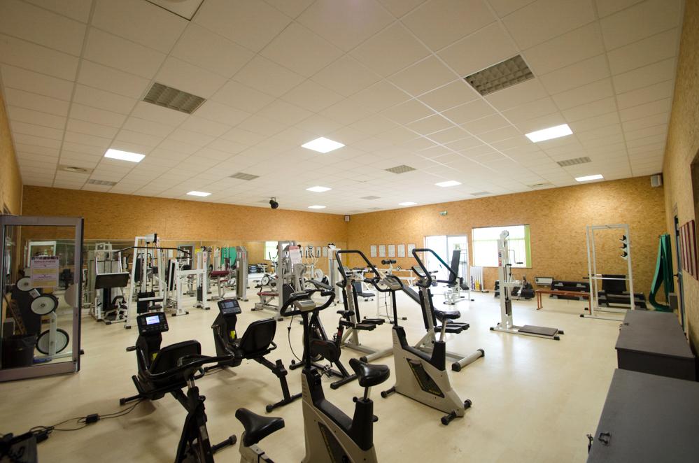 salle de musculation rennes pas cher salon industriel deco saint paul with salle de musculation. Black Bedroom Furniture Sets. Home Design Ideas